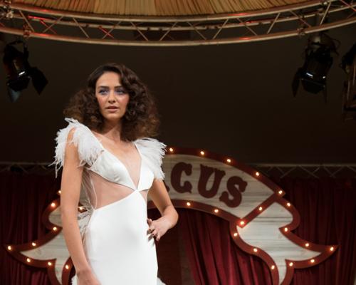 Brides Magazine brings amazing Circus Catwalk to Brides the Show 2016!