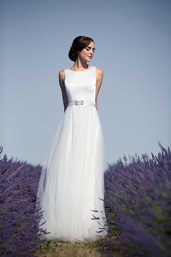 Sanyukta shrestha extends wedding dress sample sale for for Designer sample wedding dresses