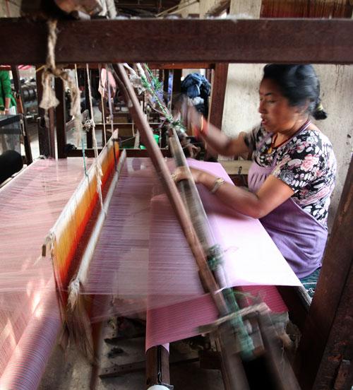 hand weave nepal