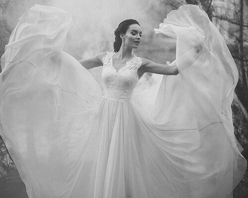 BRIDES MAGAZINE: Luxurious Wedding dress Sample Sale in London
