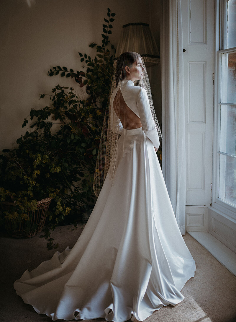 Aluma wedding dress