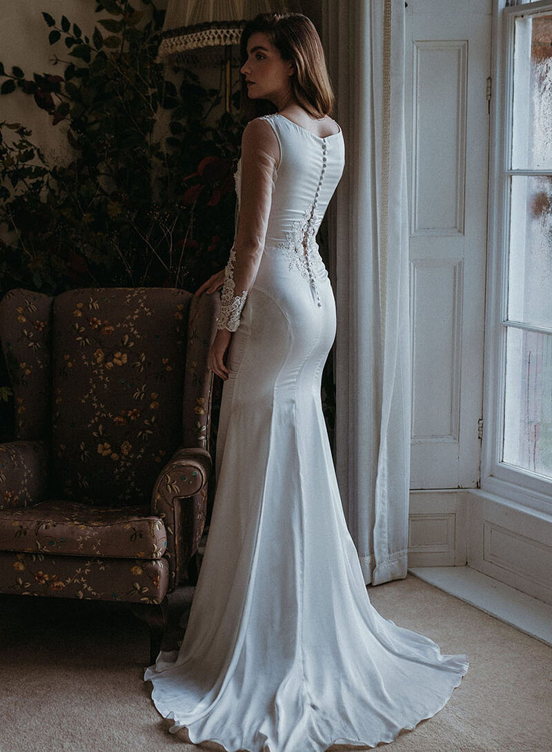 Rhea wedding dress