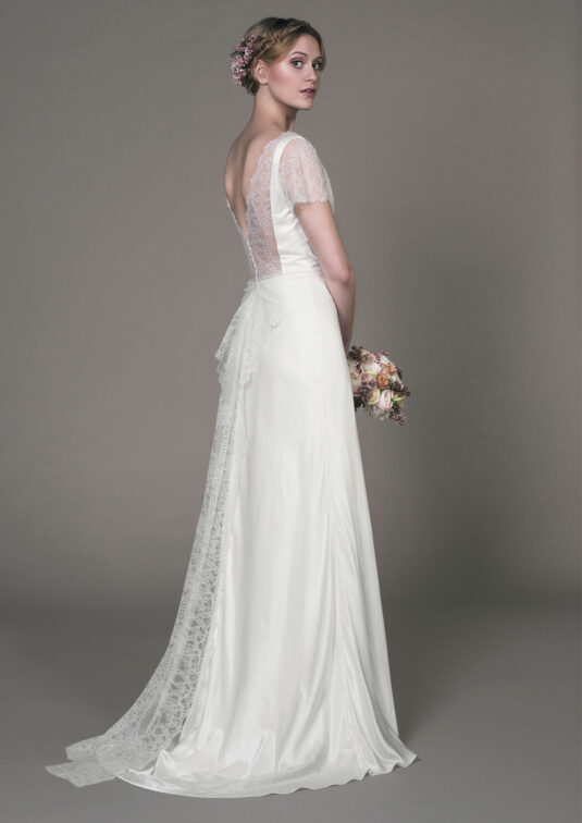 Sample Sale Felicity Wedding gown