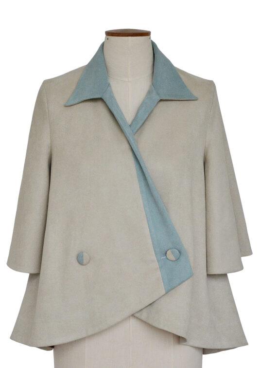 Nolani – Relaxed Fitting Cape Coat